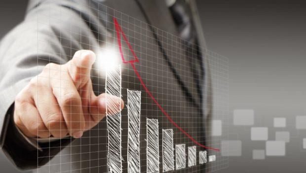 Você fez faculdade, mas o mercado exige experiência – como equilibrar a equação?