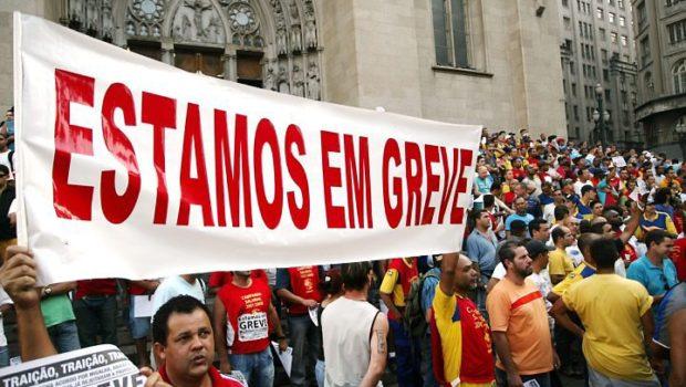 O Brasil refém das greves