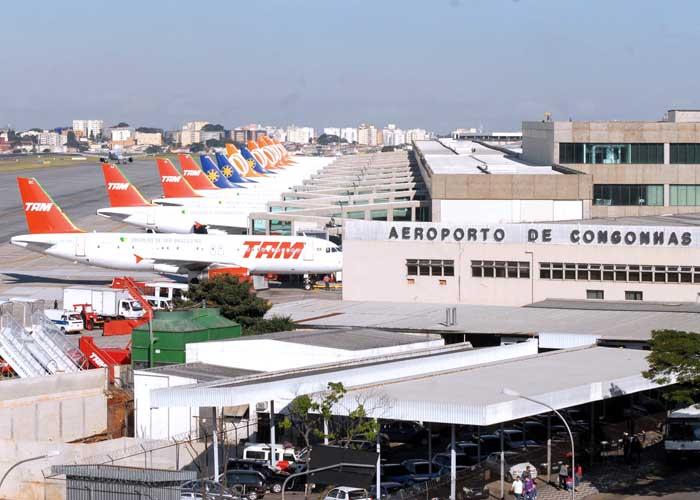 A 2,5 anos da Copa, aeroportos operam acima da capacidade