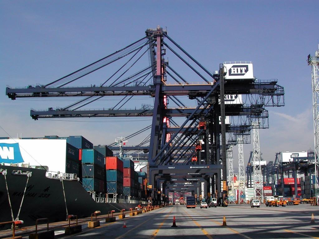 Porto de Santos: um ano de soluções