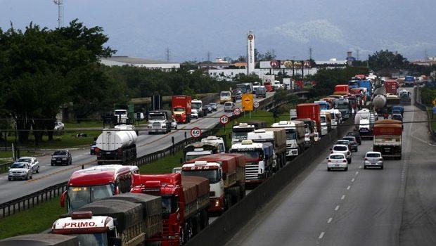 Porto de Santos: soluções viárias