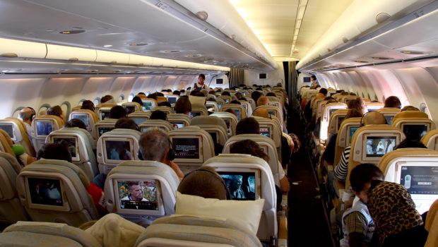 Por que as cias aéreas não nos mostram todos os assentos disponíveis