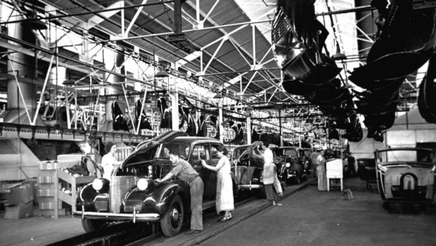 Os avanços da linha de montagem – de 1913 até os dias de hoje